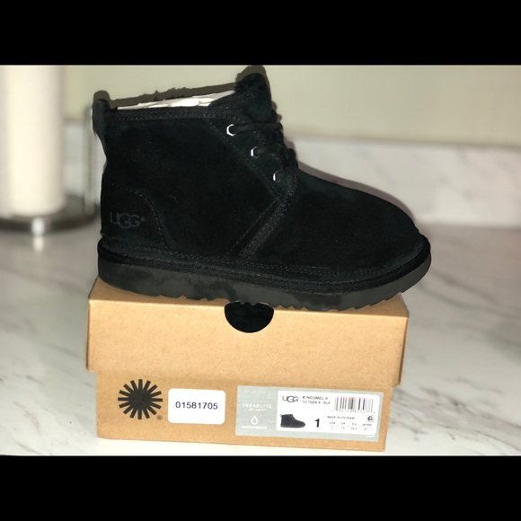 UGG Shoes | Boys Ugg Boots | Poshmark